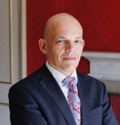 Paris House Appoints New Restaurant Manager