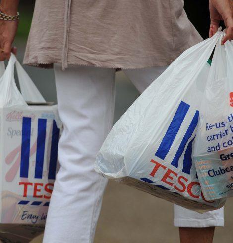 Tesco and Julien MacDonald Team Up To Create New Range of Reusable Bags