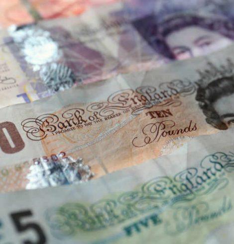 Weak Pound following Brexit boosts Tourist Spending in UK