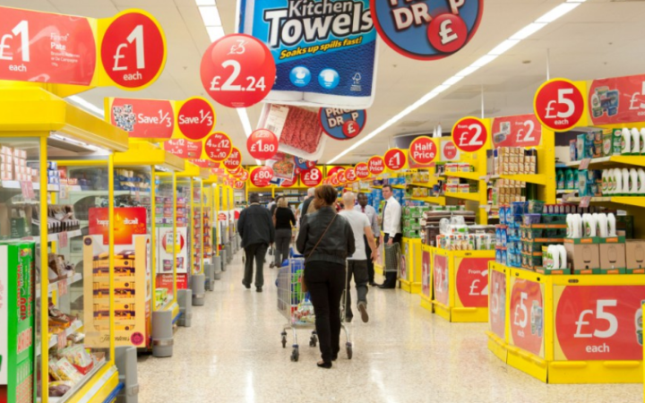 Morrisons to Slash Fresh Food Prices by Up to 12% in Supermarket Price Wars