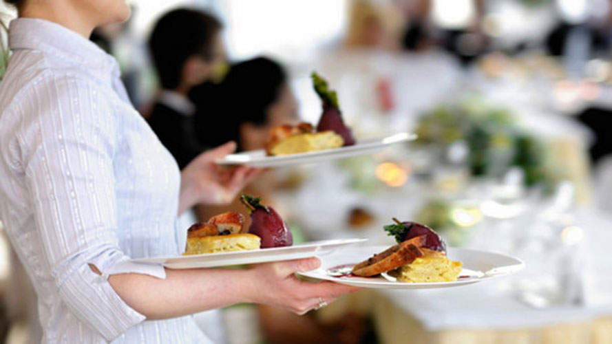 Hourly Hospitality Pay Outstripping Minimum Wage