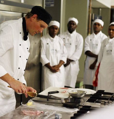 How the Hospitality Industry Can Manage Rising Food Prices