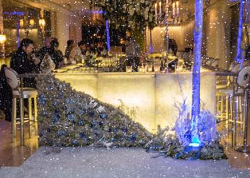 Let It Snow Pop-Up Prolongs Snow at Stylish Bar