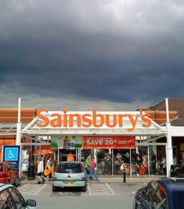 Sainsbury's Raises Its Wages