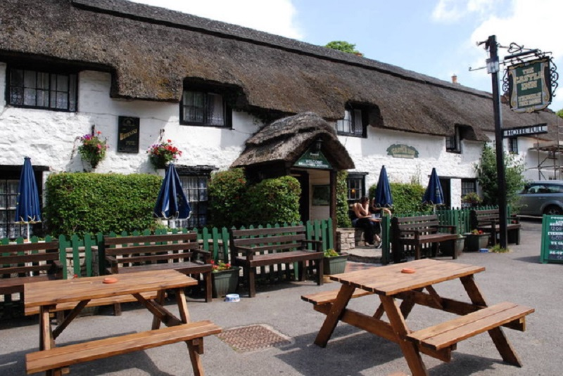 The Castle Inn in Dorset to Reopen this Month