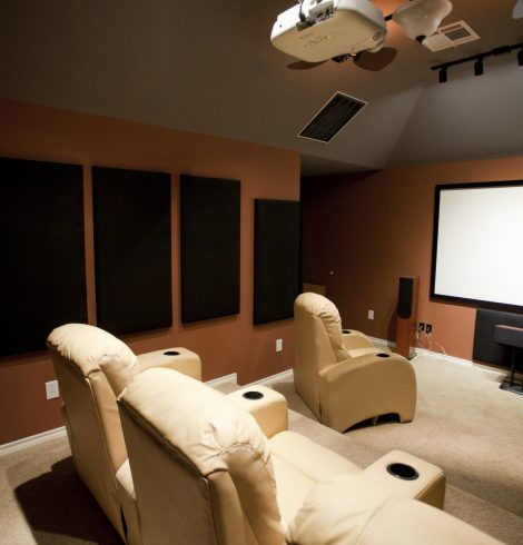 Brits Prefer the Home Cinema Experience