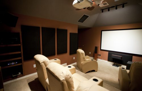 Brits Prefer the Home Cinema Experience