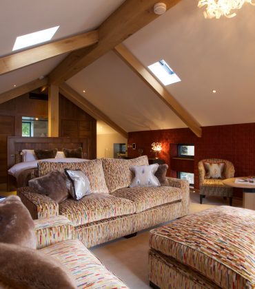 Luxury Storrs Hall Launches the Autumn Boathouse Experience