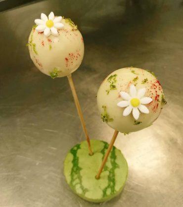 Raspberry and White Chocolate Pops Recipe