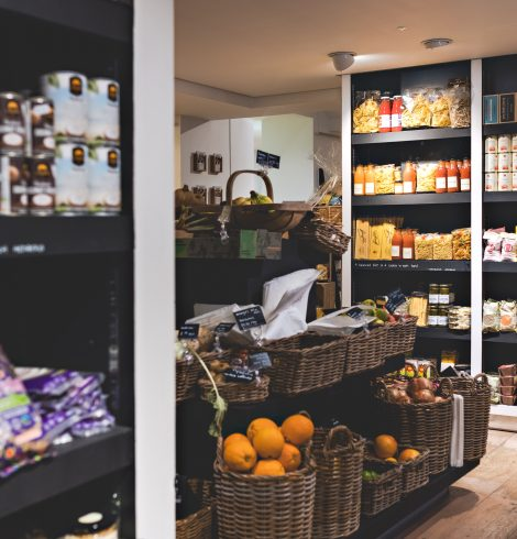 The Hungry Guest Is the Best Independent Retailer