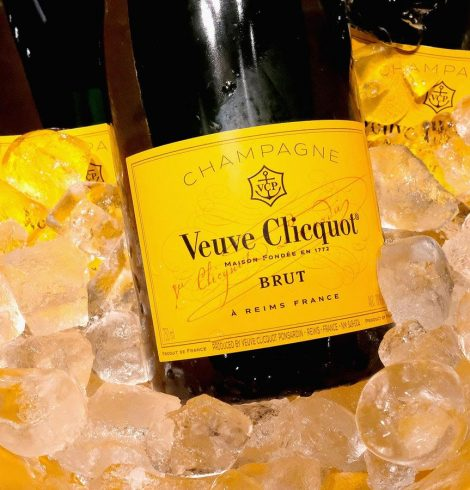 Veuve Clicquot brings a tropical summer paradise