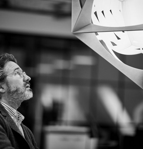 Louis Poulsen reveals OE Quasi Light, a new pendant designed by Olafur Eliasson