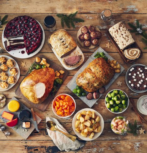 Iceland Adds 18 Plastic-Free Products to Its Christmas Range