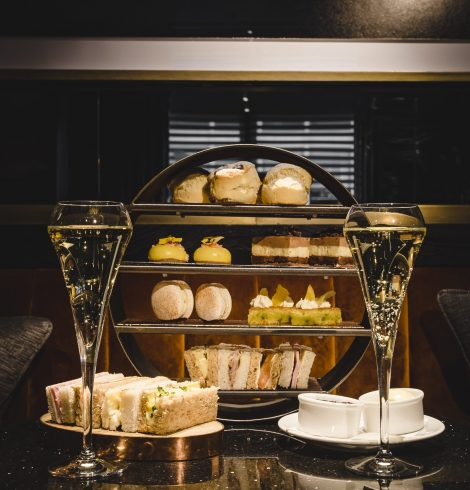 Treat Mum to an Unmissable Afternoon Tea Experience at Dakota Leeds