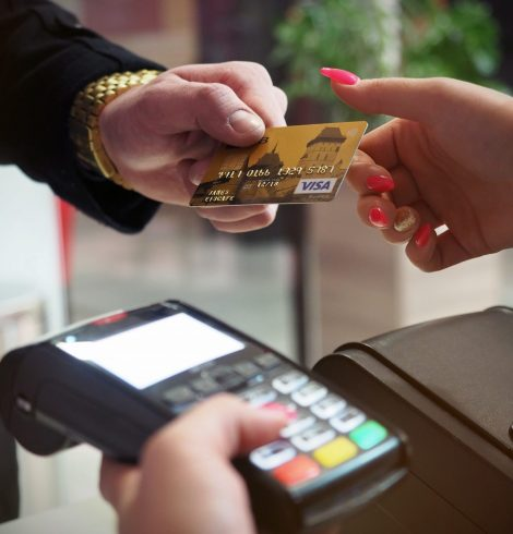 Points to Consider Before Choosing a Restaurant Payment Merchant