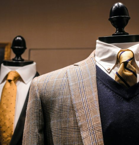 What to wear in a sales meeting?