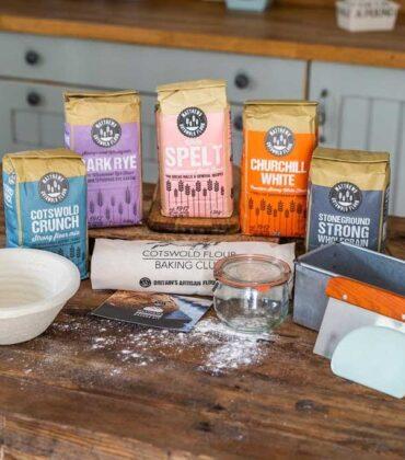 Matthews Cotswold Flour Launches New Sourdough Kit