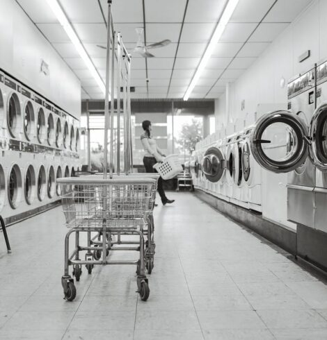How Industrial Laundry Service Company Help You